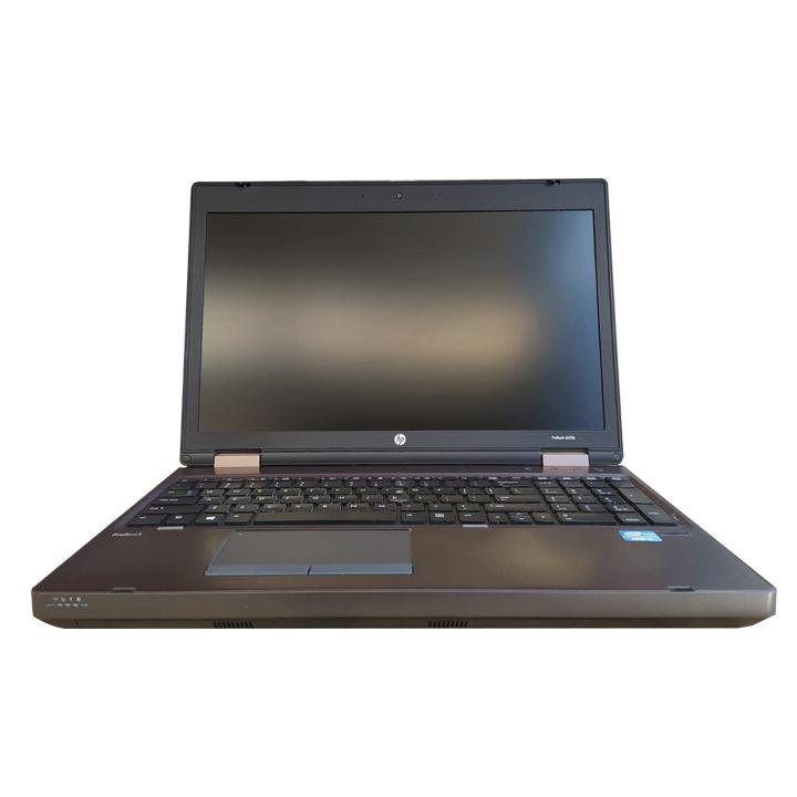 """Procesador: Intel Core i5<br>Memoria RAM: 4GB DDR3<br>Almacenamiento: 320GB SATA HDD<br>Pantalla: 15""""<br>4 Puertos USB<br>Camara Web HD<br>Microfono<br><br>"""